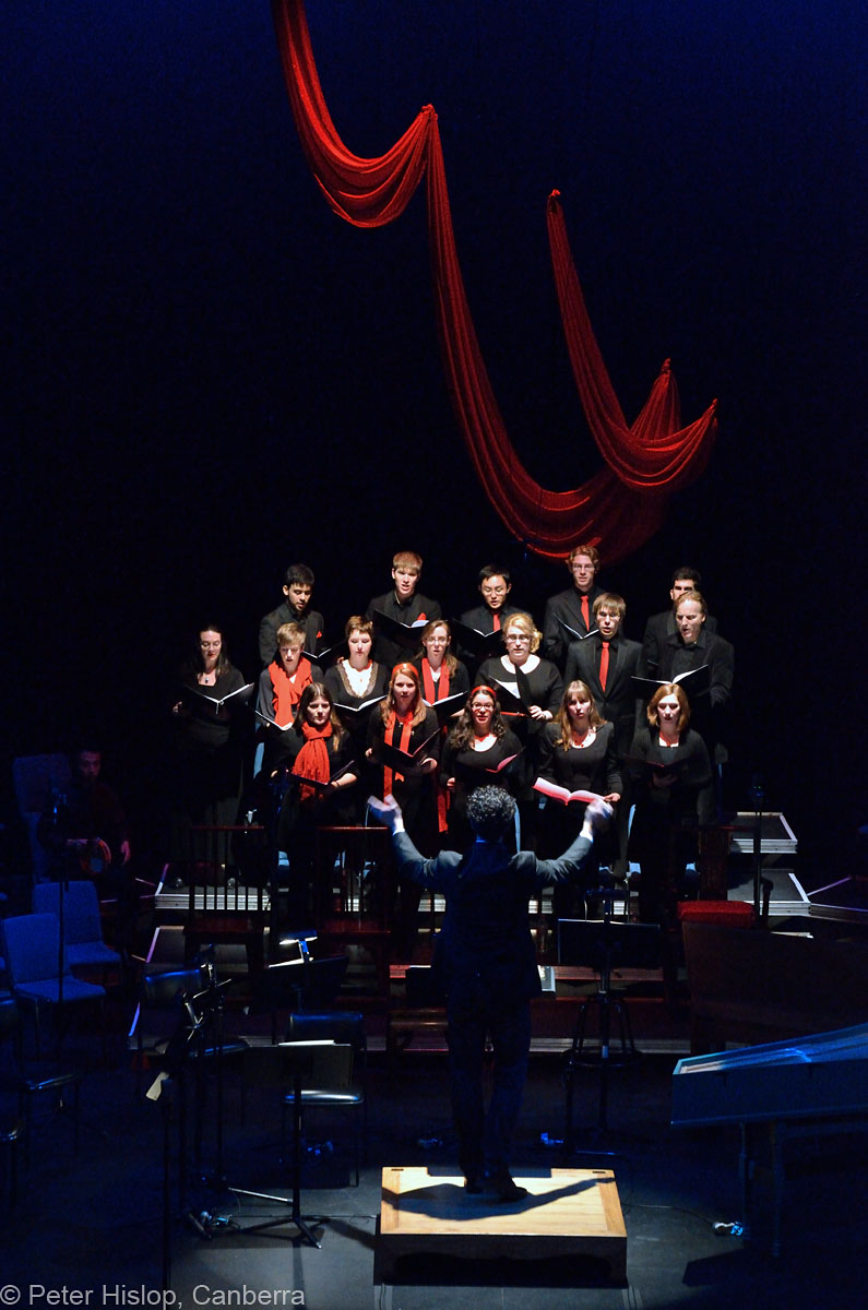 Brett Weymark conducting Kompactus as the Heathen Chorus. Photo by Peter Hislop